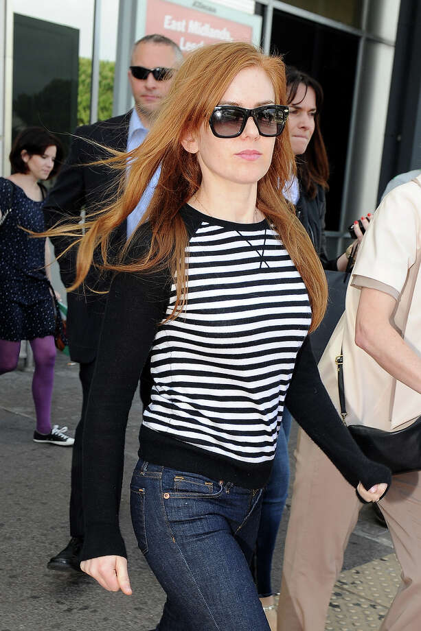 Isla Fisher is seen arriving at Nice airport on May 14, 2013 in Nice, France. Photo: Jacopo Raule, FilmMagic / 2013 Jacopo Raule