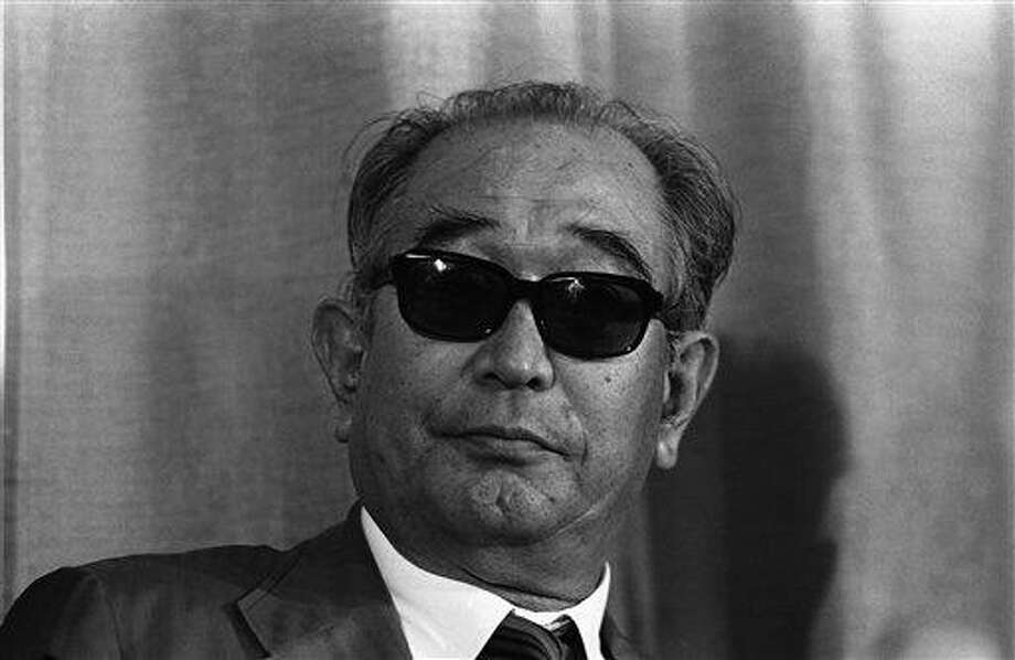 "Japanese director Akira Kurosawa in Cannes France, May 13, 1980  for the presentation of Japan's entry ""Kagemusha"". Photo: Levy, AP / 1980 AP"