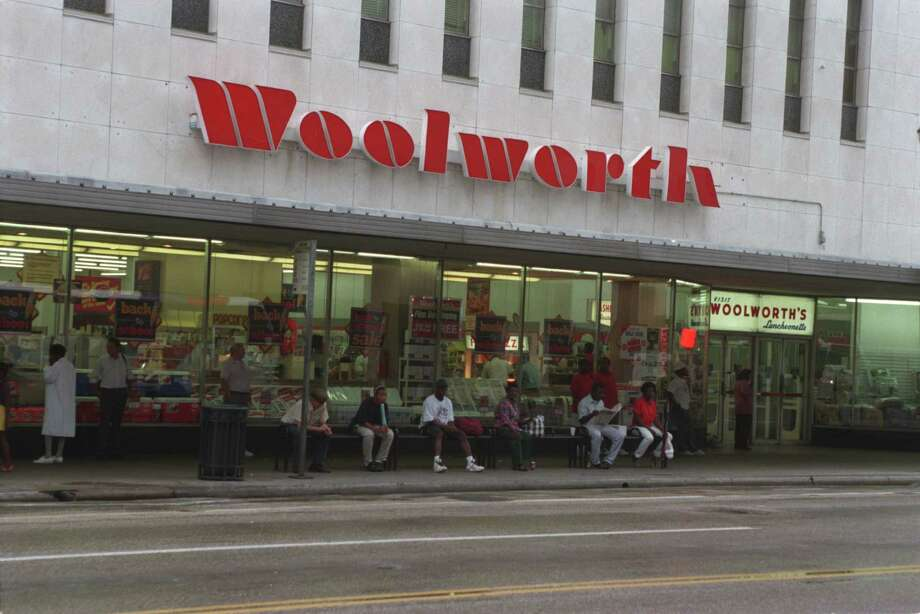 You remember Woolworth's downtown with the lunch counter.  --Barbara Keys / Facebook Photo: Ben DeSoto, Houston Chronicle / Houston Chronicle
