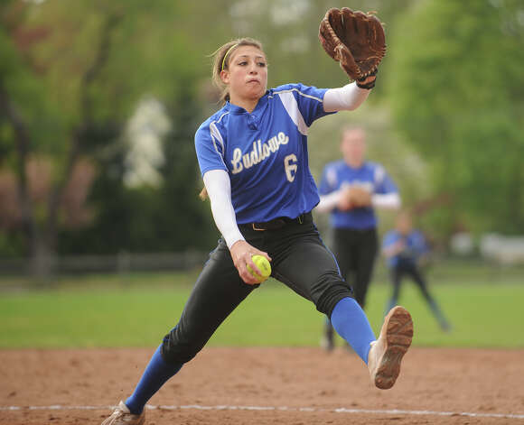 Ludlowe pitcher Eliza Guerrero. New Canaan v. Ludlowe girls softball in Fairfield, Conn. on Monday, May 13, 2013. Photo: Brian A. Pounds / Connecticut Post
