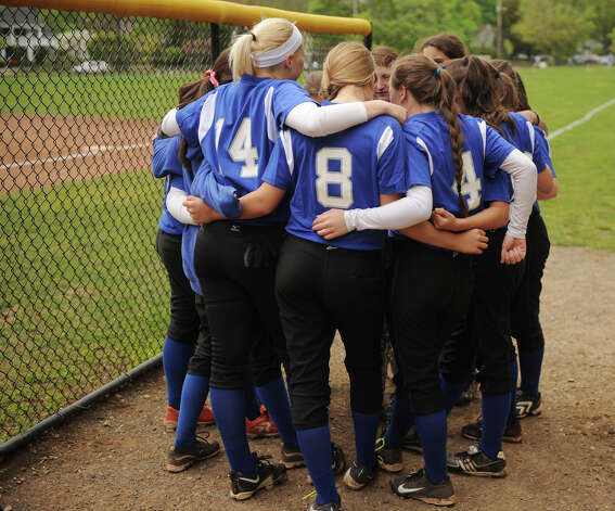 New Canaan v. Ludlowe girls softball in Fairfield, Conn. on Monday, May 13, 2013. Photo: Brian A. Pounds / Connecticut Post