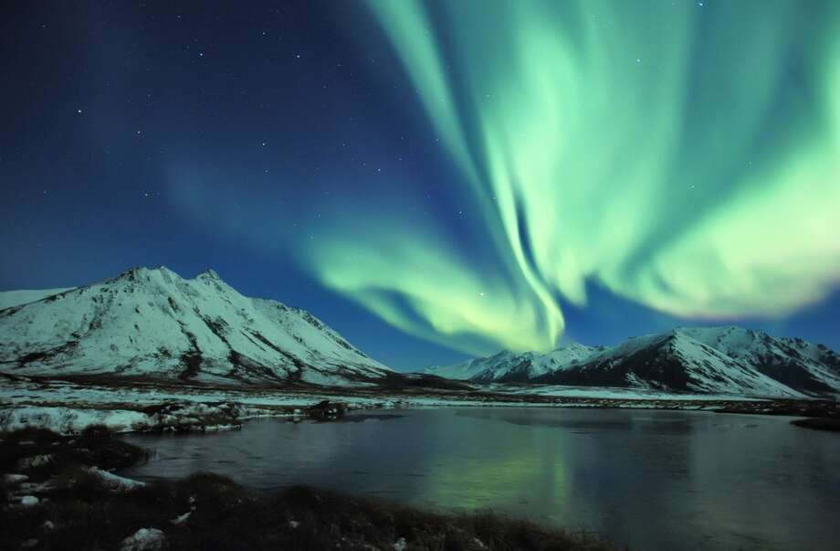 Northern Lights in the Tombstone Range. Yukon Territory, Canada. Photo: Florian Schulz, Visionsofthewild.com