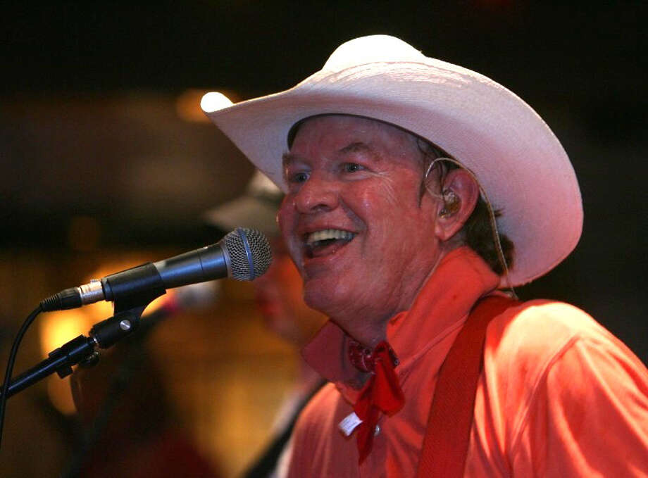 Musician Gary P. Nunn Photo: EXPRESS-NEWS FILE PHOTO