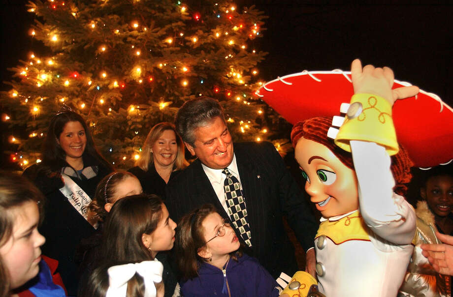 Times Union Photo by James Goolsby-Dec. 13, 2001-Albany Mayor, Jerry Jennings  and children from the Albany area  Meet Jessie , from the show Toy Story. At the xmas lighting in Academy park. In albany. Toy Story is playing at the Pepsi Arena. Photo: JAMES GOOLSBY / ALBANY TIMES UNION