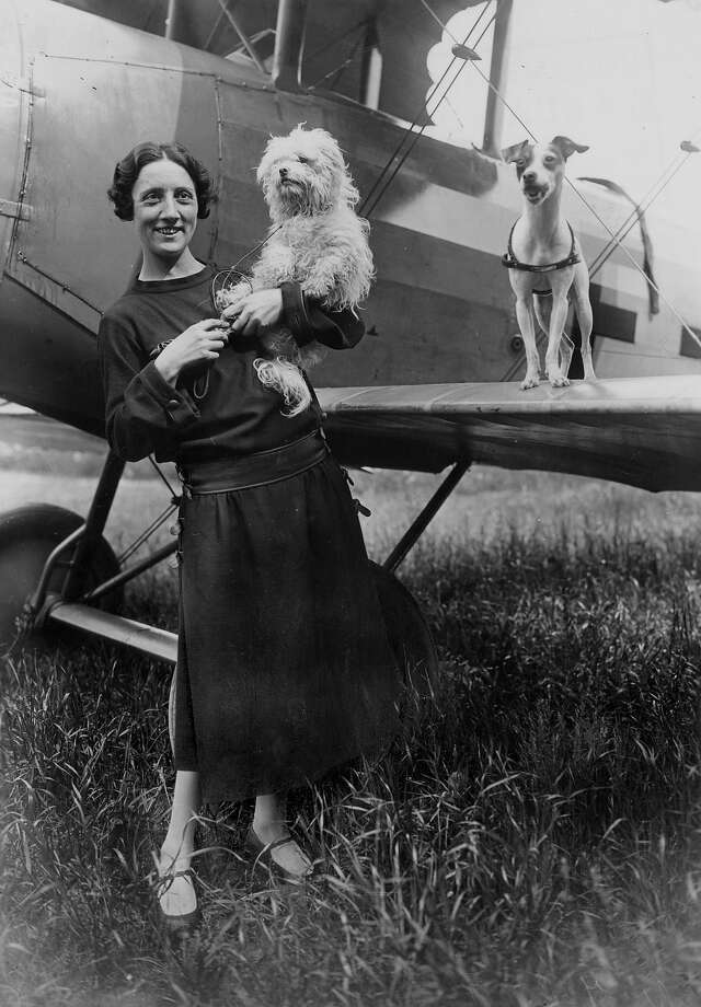 1921: Adrienne Bolland was the first female pilot to cross over the Andes. Photo: Apic, Getty Images / Credit ©Rue des Archives