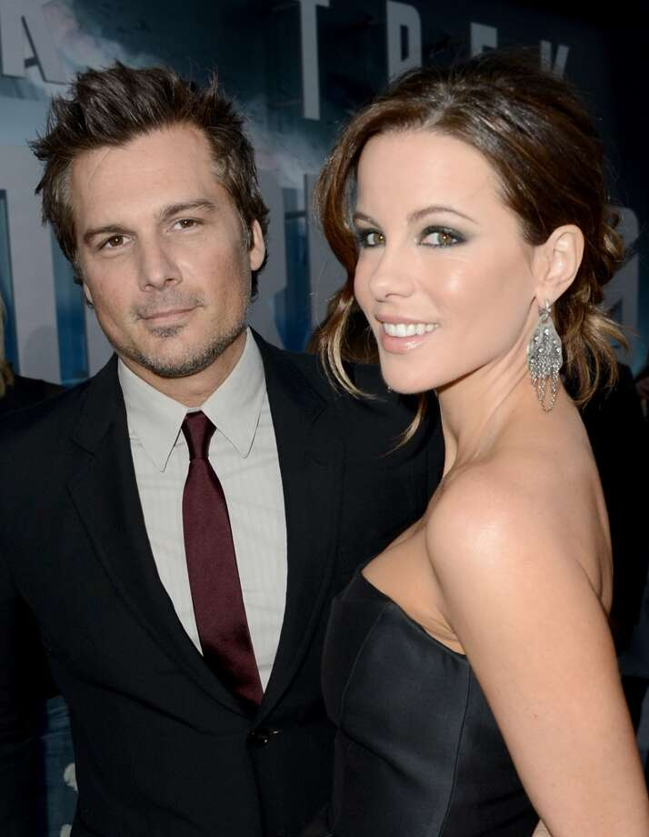 "HOLLYWOOD, CA - MAY 14:  Actress Kate Beckinsale (R) and husband Director Len Wiseman arrive at the Premiere of Paramount Pictures' ""Star Trek Into Darkness"" at Dolby Theatre on May 14, 2013 in Hollywood, California.  (Photo by Kevin Winter/Getty Images for Paramount Pictures)"