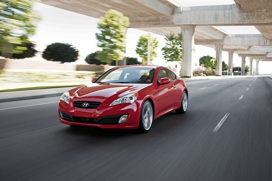 Hyundai Genesis 3.8