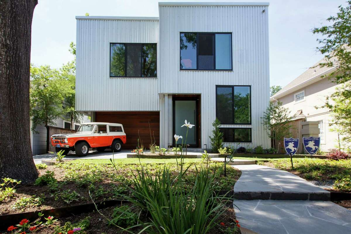 This metal house in West University has high ceilings and an open design. ( Michael Paulsen / Houston Chronicle file photo )