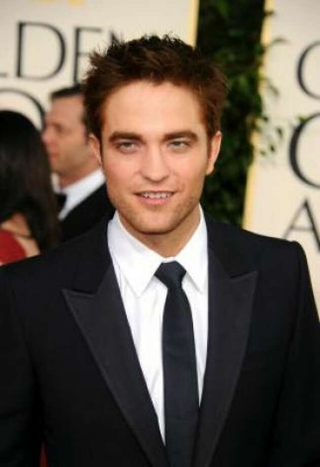 Twilightvampire hunk Robert Pattinson looks strikingly similar to...