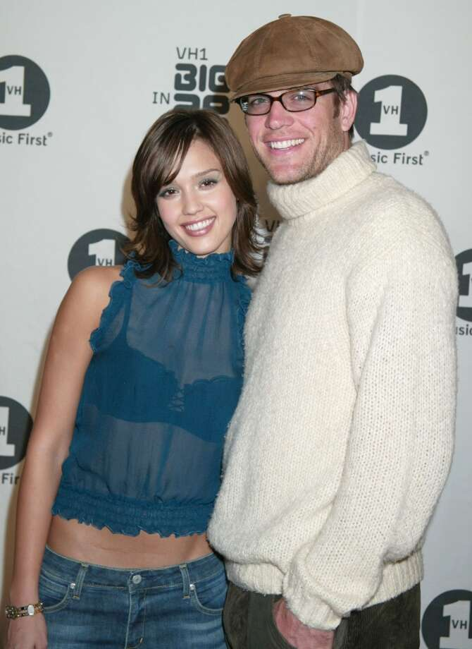 """Jessica Alba began dating her """"Dark Angel"""" co-star Michael Weatherly (who was 12 years older than her) in 2000. They got engaged on her 20th birthday but then split in 2003. Photo: Jim Smeal, WireImage"""