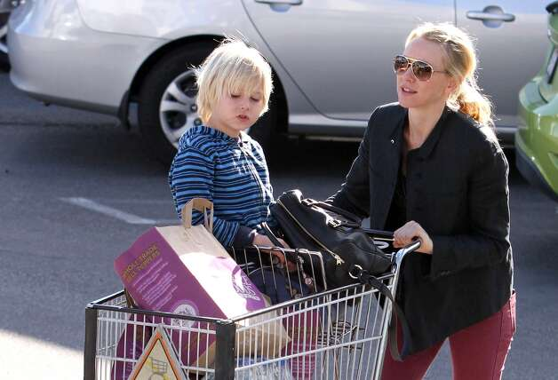 No. 10: Alexander (Naomi Watts with her son, Alexander Schreiber)Origin: GreekMeaning: Defending men