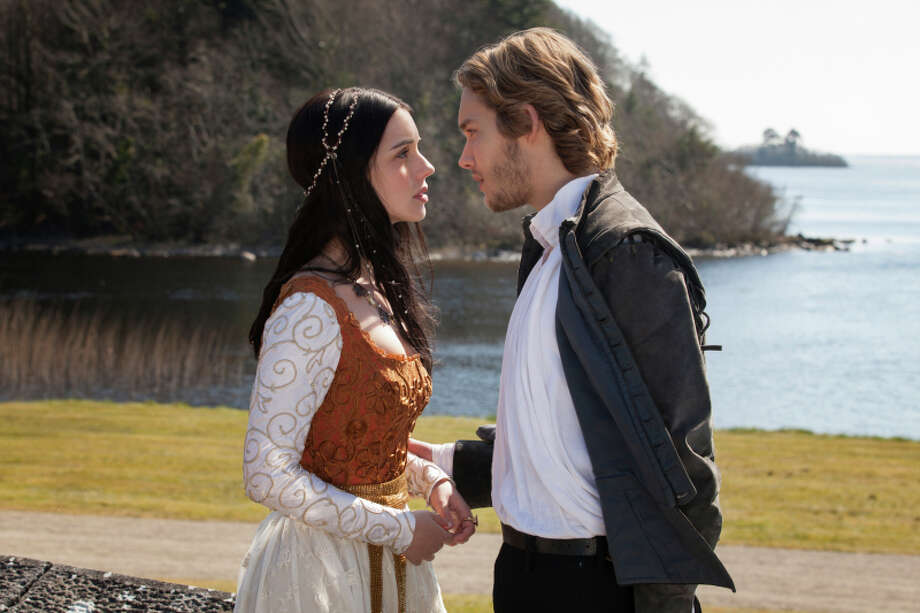 "Reign -- ""Pilot"" -- Image Number: RE100a_071r.jpg -- Pictured (L-R): Adelaide Kane as Mary, Queen of Scots and Toby Regbo as Prince Francis -- Photo: Joss Barratt/The CW -- © 2013 The CW Network, LLC. All rights reserved. Photo: Joss Barratt / © 2013 The CW Network. All Rights Reserved"