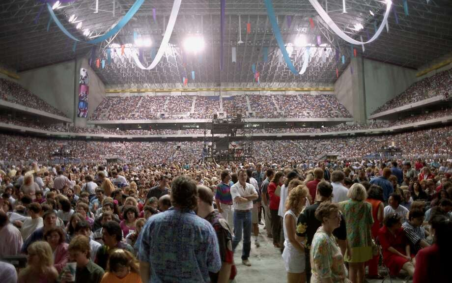 "Crowds fill the Alamodome for Paul McCartney's ""New World Tour"" concert May 29, 1993."