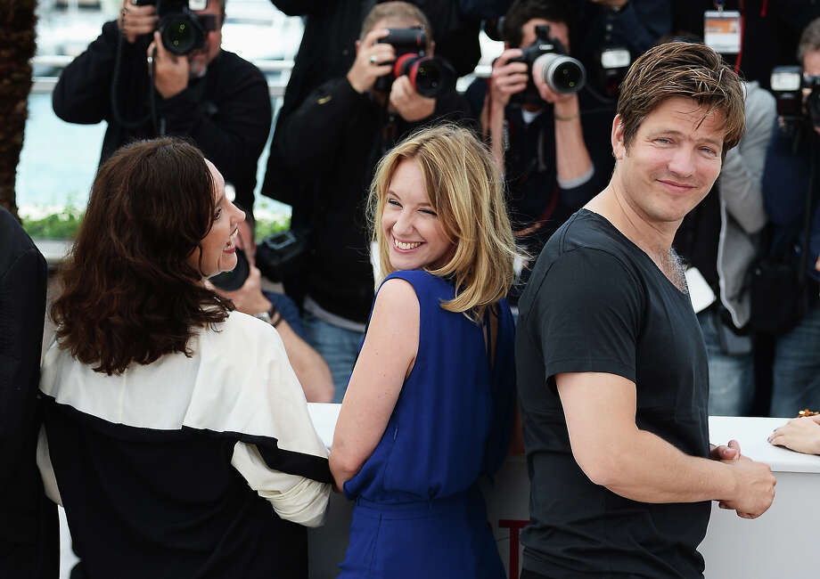 Ilda Santiago, Ludivine Sagnier and Thomas Vinterberg attend the photocall for the Jury for the 'Un Certain Regard' competition during The 66th Annual Cannes Film Festival at Palais des Festivals on May 16, 2013 in Cannes, France. Photo: Venturelli, WireImage / 2013 Venturelli