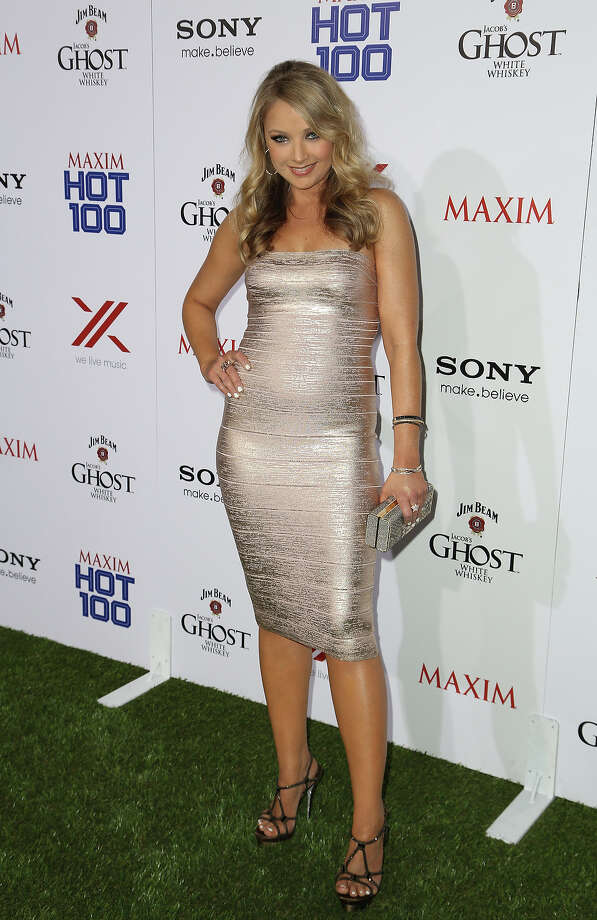 Elizabeth Harnois arrives for Maxim's Hot 100 Celebration at Create Nightclub on May 15, 2013 in Hollywood, California. Photo: Chelsea Lauren, WireImage / 2013 WireImage