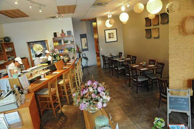 Interior of Sushi Na Ra on Friday, May 10, 2013 in Clifton Park, N.Y. (Lori Van Buren / Times Union) Photo: Lori Van Buren / 00022360A