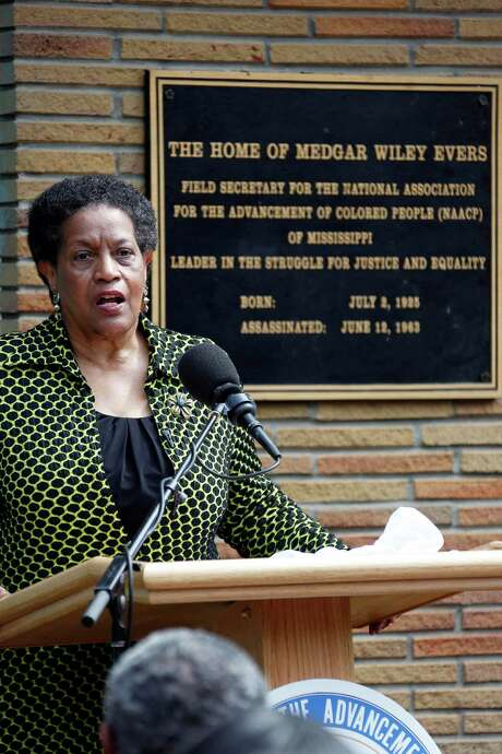 Myrlie Evers-Williams on Thursday recounts the moments before her husband's assassination in 1963. Photo: Rogelio V. Solis, STF / AP