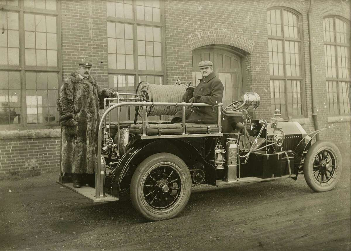 A Bridgeport fire truck in thhe early 1900s.