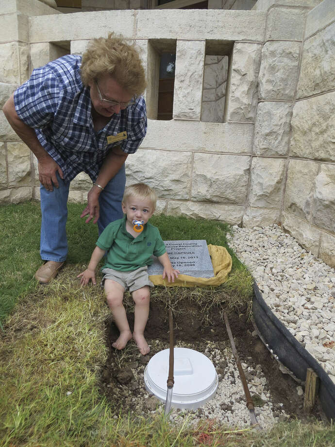 Sandra Startz Duncan said she hopes grandson Cody Stade will see the time capsule opened. Photo: Zeke MacCormack, San Antonio Express-News