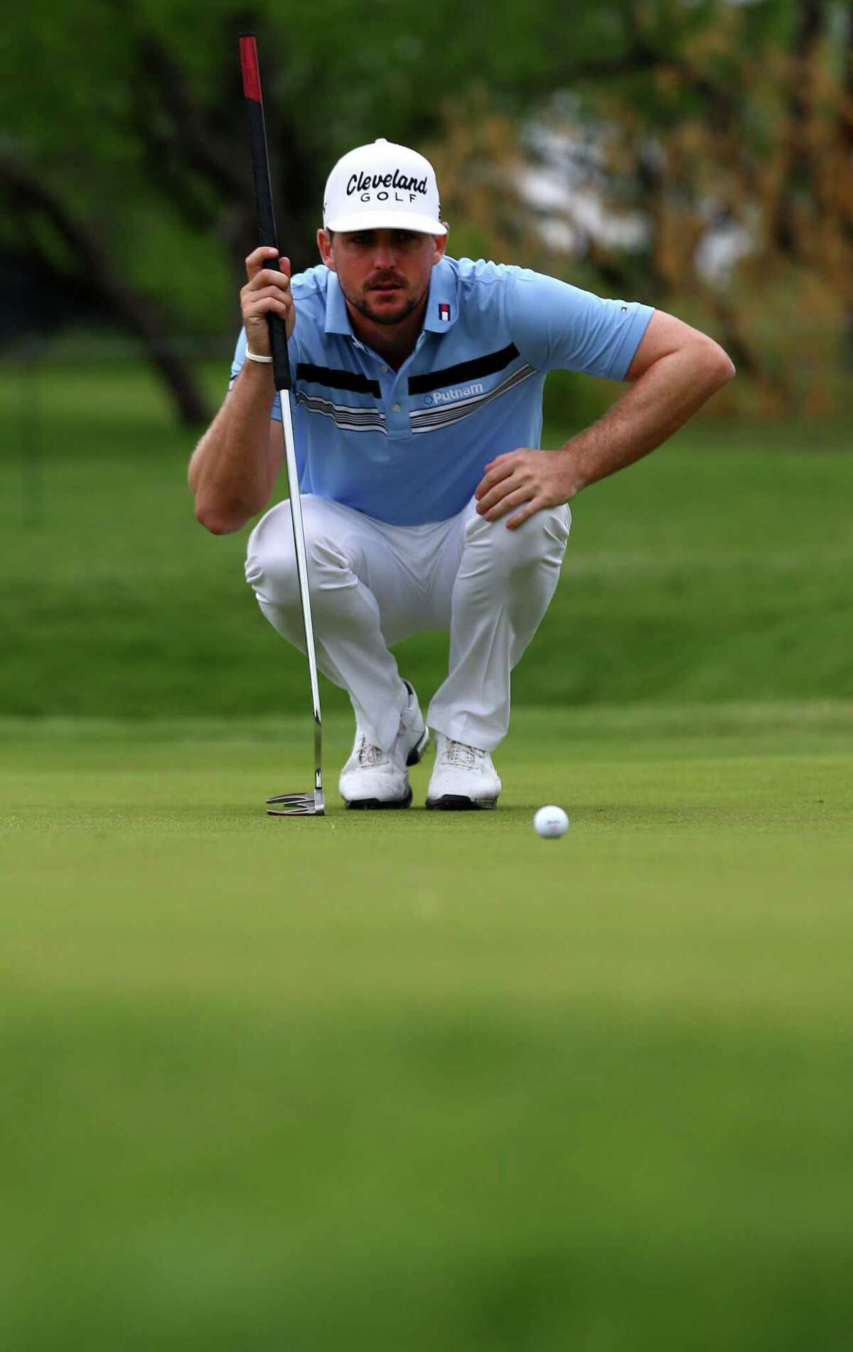 Despite consecutive bogeys, Keegan Bradley shot 10-under 60 in the first round of the Byron Nelson Championship.