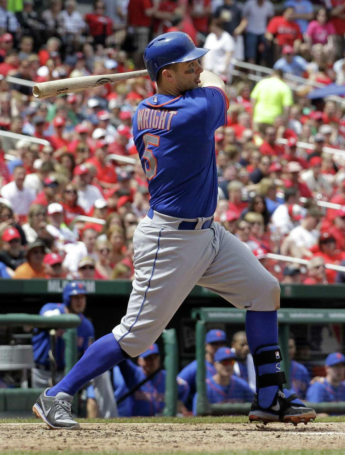David Wright, who also had a single and another RBI, rips a run-scoring double in the sixth inning.