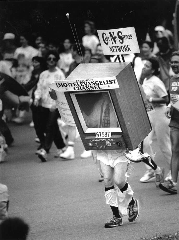 A man wearing a creative costume participates in the Bay to Breakers race on May 15, 1988. Photo: Tom Levy, The Chronicle
