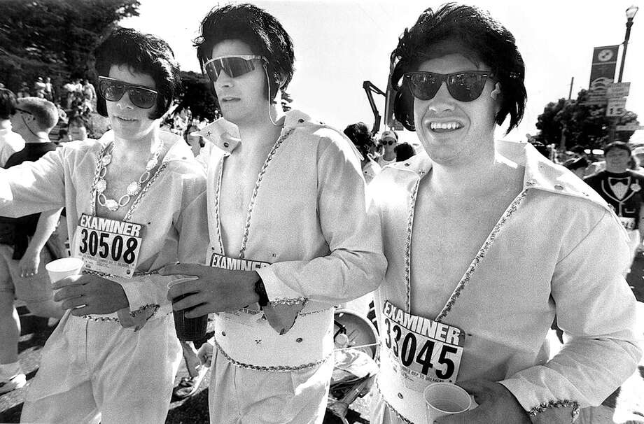 "The Monterey Chapter of ""The Flying Elvis's"" on the Hayes St. Hill at Bay to Breakers in 1993. Photo: Michael Macor, The Chronicle / ONLINE_YES"