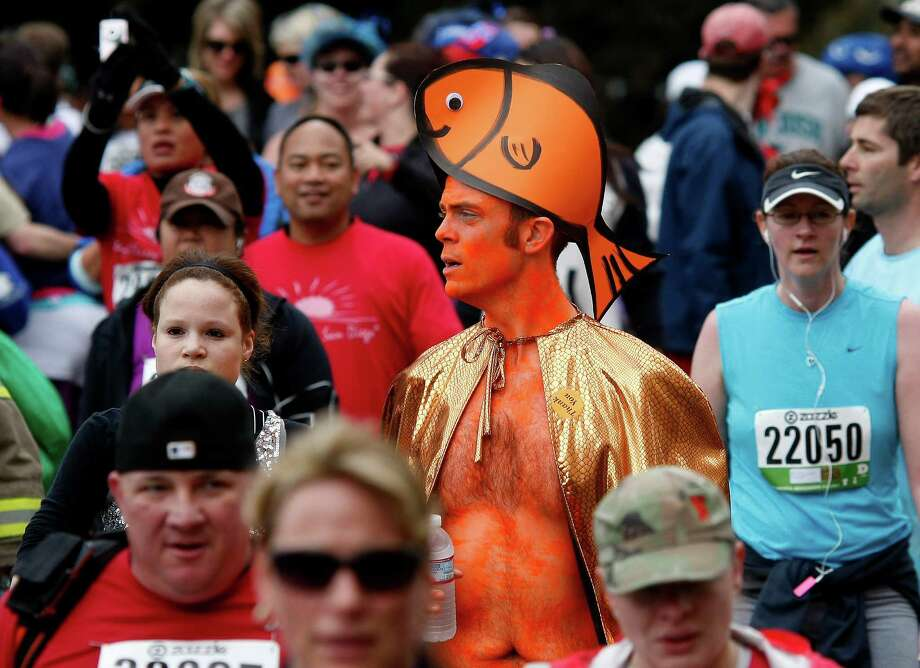 Even when you're all orange, you don't seem out of place at the Bay to Breakers (2011). Photo: Brant Ward, The Chronicle / SFC