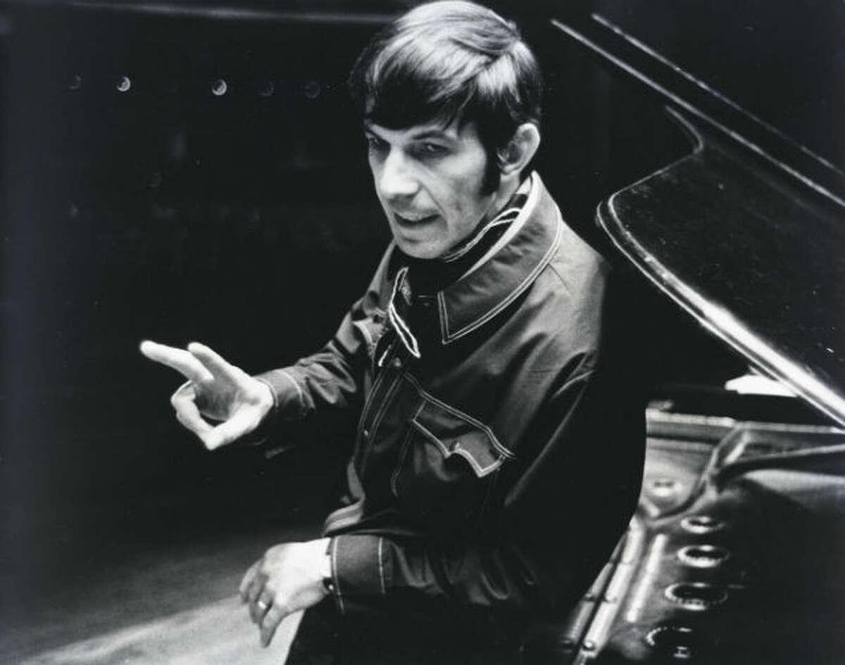 Leonard Nimoy onstage at the Music Hall, April 1969. (David Nance : Chronicle file)