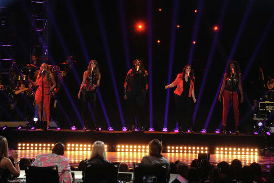 AMERICAN IDOL: The girl finalists  performs with special guest Aretha Franklin Live via satellite  during the  season 12 AMERICAN IDOL GRAND FINALE at the Nokia Theatre on Thursday. May 16, 2013 in Los Angeles, California.  CR: Ray Mickshaw/FOX