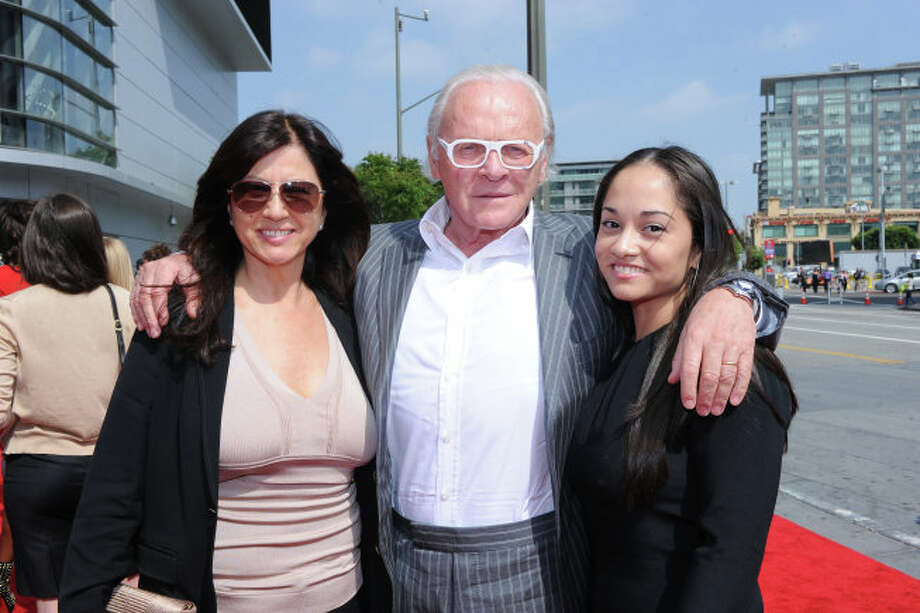 AMERICAN IDOL: Special guests Sir Anthony Hopkins, his wife and niece arrive on the red carpet for the  season 12 AMERICAN IDOL GRAND FINALE at the Nokia Theatre on Thursday. May 16, 2013 in Los Angeles, California.  CR: Ray Mickshaw/FOX