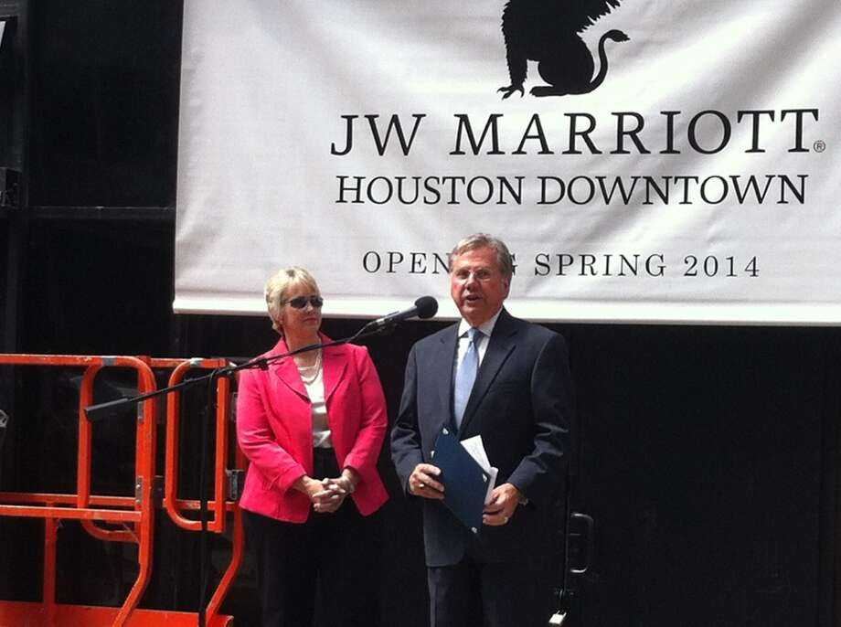 Mayor Annise Parker and developer Bill Franks announce the new downtown JW Marriott.