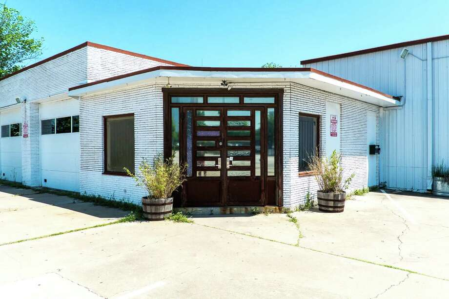 Dance Source Houston has decided to shutter the Barn, a 150-seat theater and rehearsal space on Houston's East side, on July 31. Photo: Lynn Lane