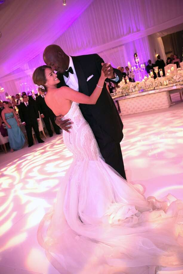 Michael Jordan dances with bride Yvette Prieto during their wedding reception at the Bear's Club on April 27, 2013 in Jupiter, Florida. The wedding took place at the Episcopal Church of Bethesda-by-the-Sea in Palm Beach. Photo: Getty Images