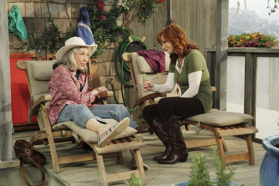 "MALIBU COUNTRY - ""Malibu Country"" stars country music superstar Reba and Lily Tomlin as Lillie May. (ABC/NICOLE WILDER)"