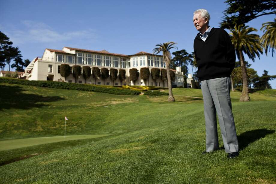 Ken Venturi walks on the 18th green of the renovated Olympic Club golf course, one the S.F. native knew well.