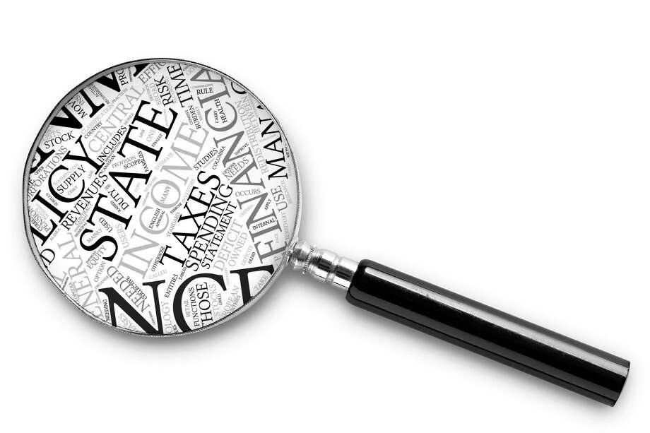 magnifying glass on white with clipping path   fotolia for DaddyBaum Photo: Milos Luzanin / 31122054