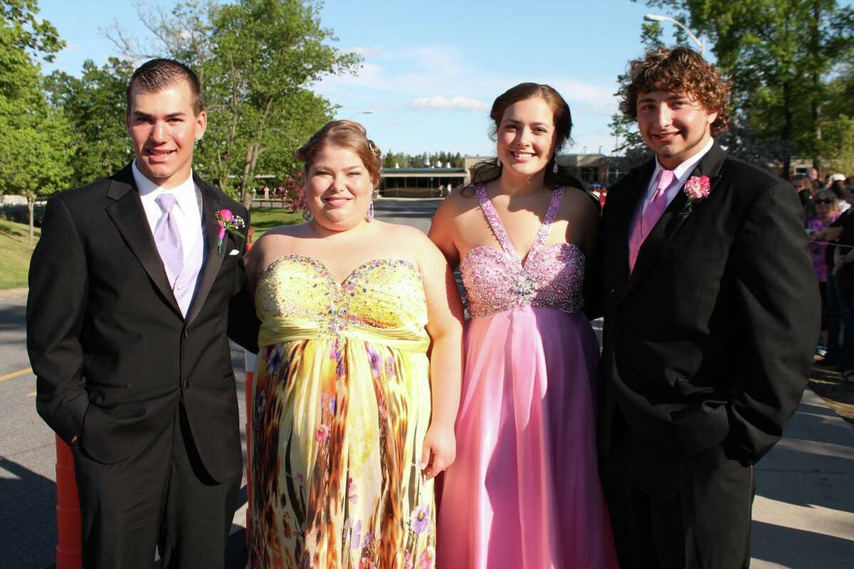 Were you Seen at the Schalmont High School Prom at the Glen Sanders Mansion in Scotia on Friday, May 17, 2013?