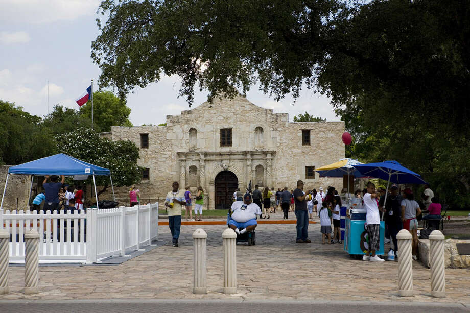 Readers weigh in on the proposals for Alamo Plaza and HemisFair Park, saying that the city should retain the Old World charm of San Antonio. Photo: Gary L. Foreman / Courtesy Photo