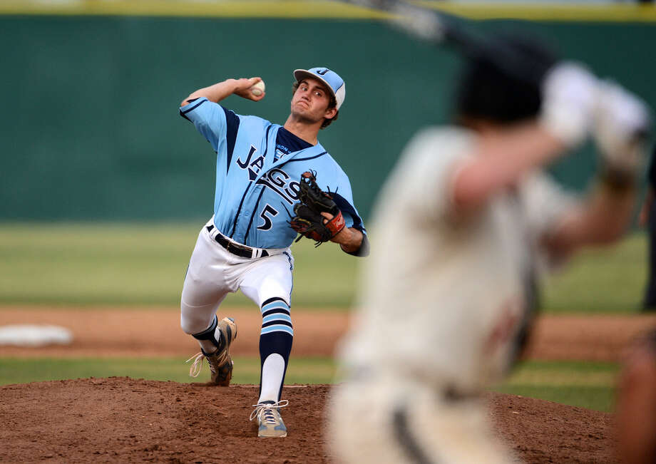 Johnson starter Tate Huebner, pitching during Friday's third-round series against Churchill, tossed a complete game and notched his fourth win of the postseason. Photo: John Albright / For The Express-News