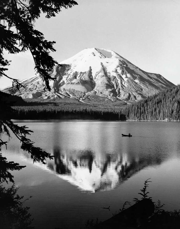 Mount St. Helens and Spirit Lake Photo: SuperStock, Getty Images/SuperStock RM / SuperStock RM