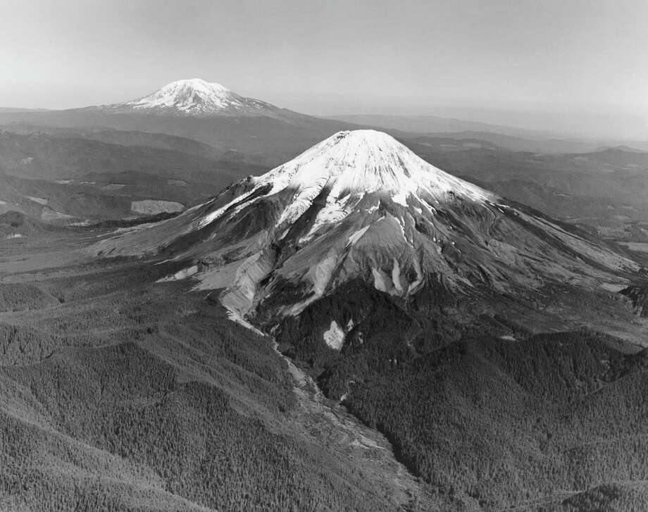 Mount St. Helens before the eruption Photo: SuperStock, Getty Images/SuperStock RM / SuperStock RM