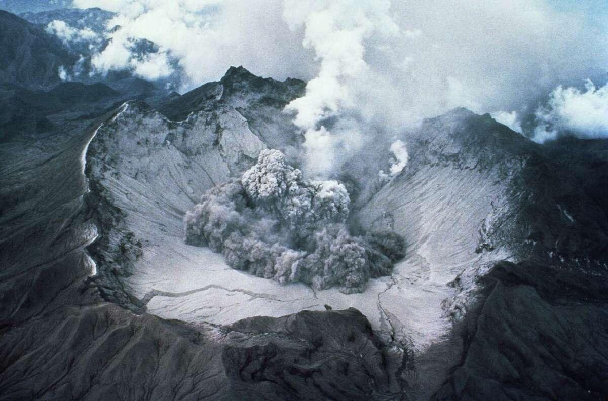 Crater of Mount St Helens Volcano