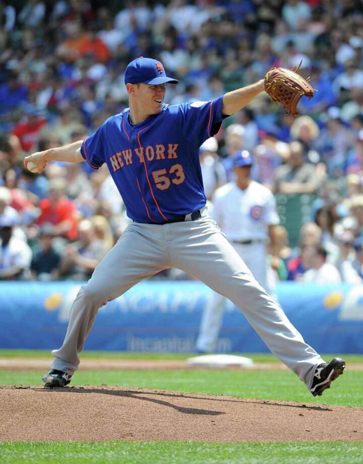 CHICAGO, IL - MAY 18: Jeremy Hefner #53 of the New York Mets pitches against the Chicago Cubs during the first inning on May 18, 2013 at Wrigley Field in Chicago, Illinois.   (Photo by David Banks/Getty Images) Photo: David Banks