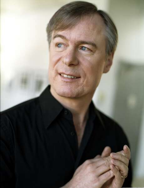 David Robertson brings the St. Louis Symphony to town. Photo: SF Symphony
