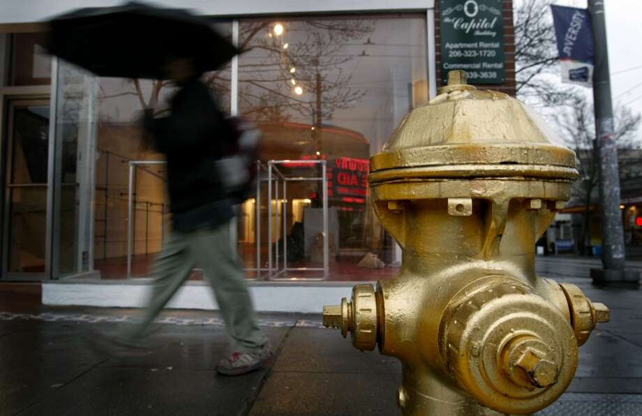 The once-golden fire hydrant.