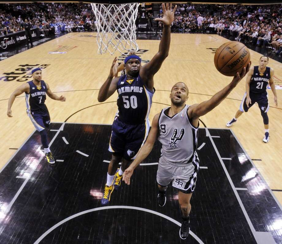 The Spurs' Tony Parker shoots around Grizzlies' Zach Randolph during first half action of the 2013 Western Conference Finals Sunday May 19, 2013 at the AT&T Center. The Spurs won 105-83.
