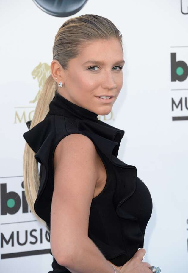 LAS VEGAS, NV - MAY 19:  Singer Kesha arrives at the 2013 Billboard Music Awards at the MGM Grand Garden Arena on May 19, 2013 in Las Vegas, Nevada.  (Photo by Jason Merritt/Getty Images)