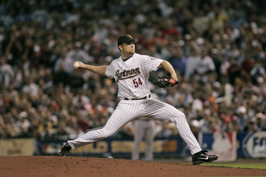 PHOTOS: Former Astros pitcher nears home saleAstros closer Brad Lidge pitches in the 2005 World Series against the Chicago White Sox.  >>See Brad Lidge's Colorado home.