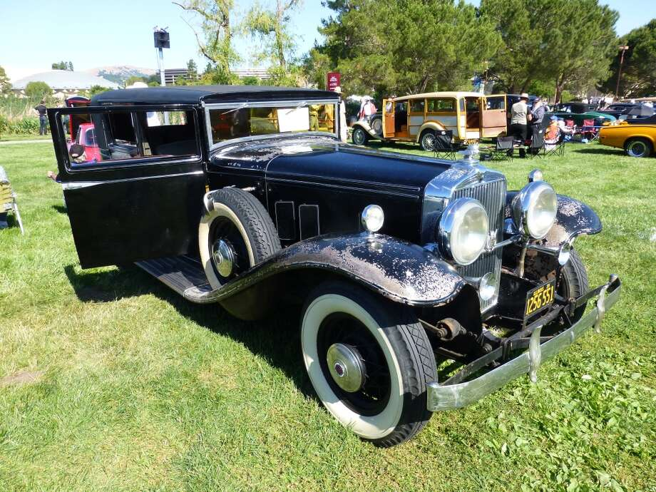 1932 Stutz DV-32 long-wheelbase sedan. Owner: Jim Callahan, Oakland, Calif.